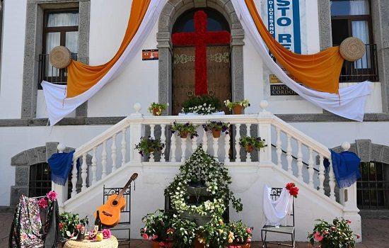 once-cruces-de-mayo-participan-concurso-intimo-vecinal-villanueva-de-cordoba