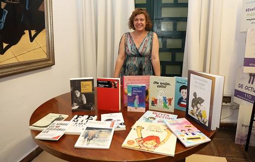 igualdad-entrega-lote-15-libros-rincones-violeta-62-municipios-provincia