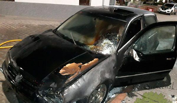 arde-otro-coche-en-una-calle-de-belalcazar